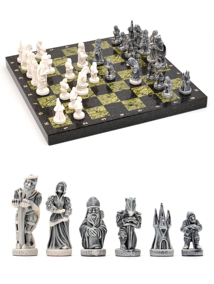 Шахматы каменные «Средневековья» тёмно-зелёная доска 38x38 см