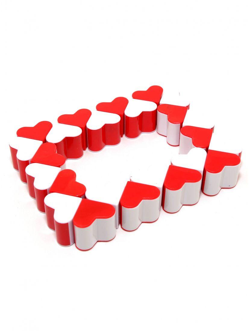 Головоломка «Змейка-сердечки» 24 элемента красно-белая