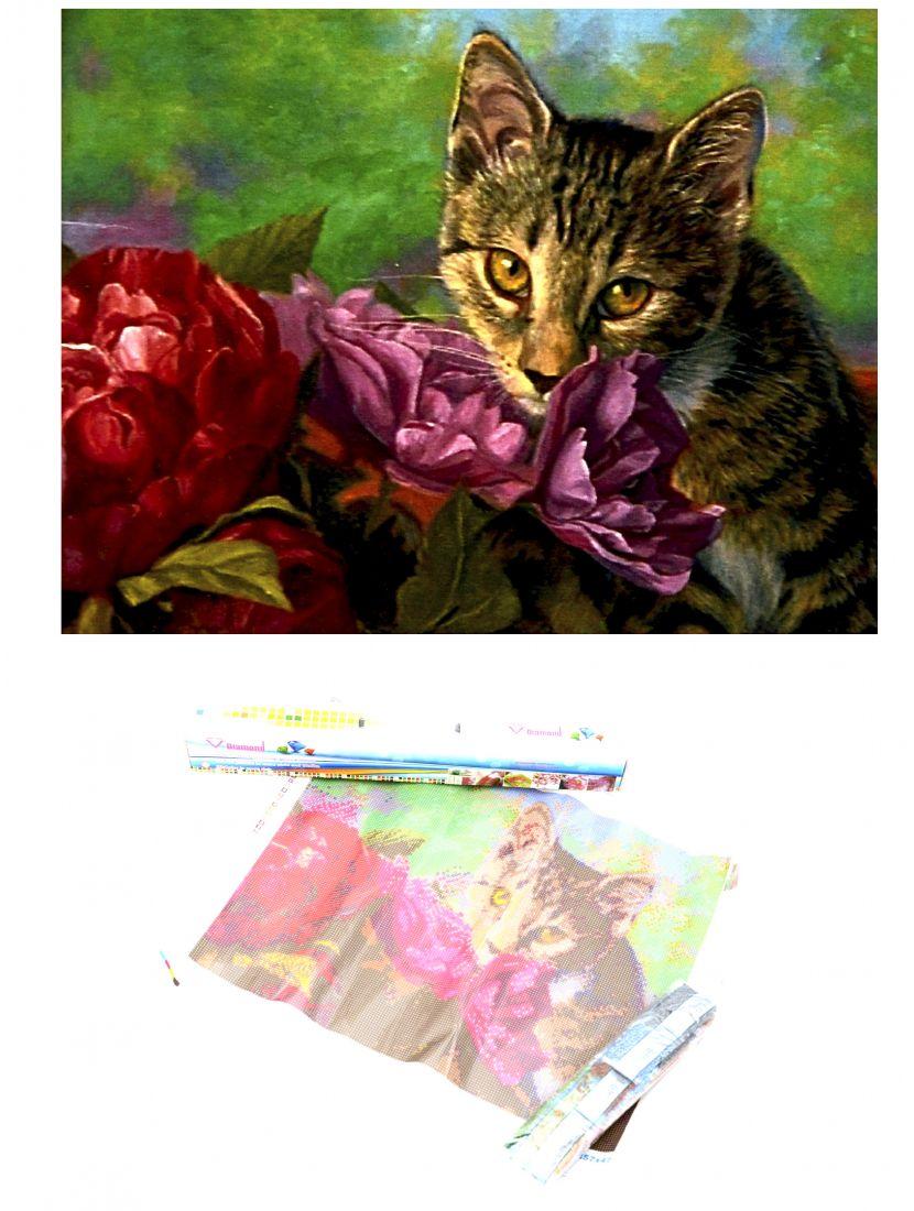 Алмазная мозаика «Котёнок и цветы»