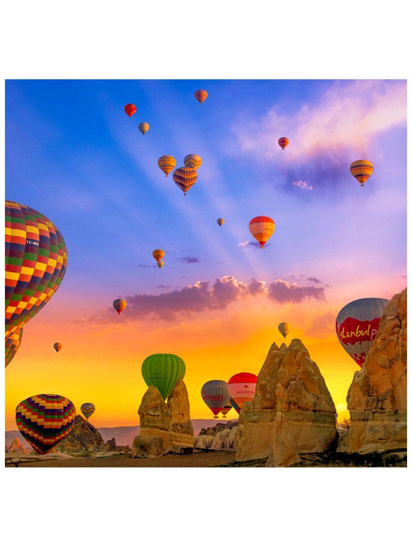 Картина по номерам  на подрамнике «Улетают в небеса воздушные шары»