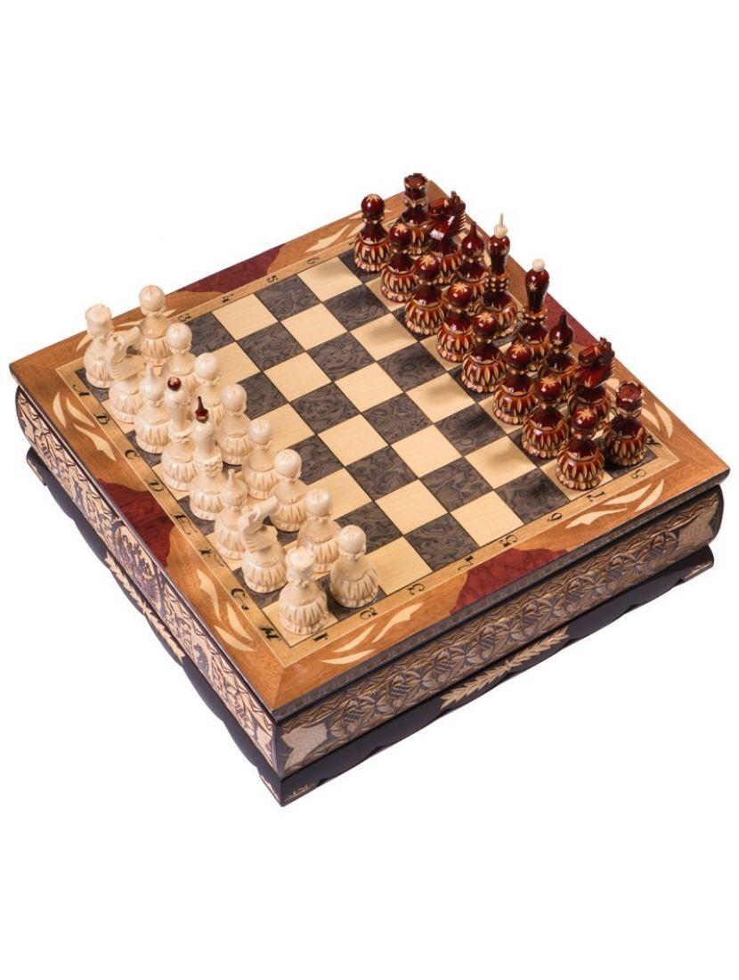 Шахматы резные ручной работы среднего размера